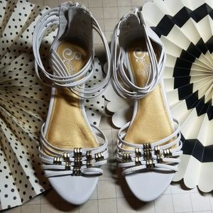 Seychelles Strappy Sandals size 6.5